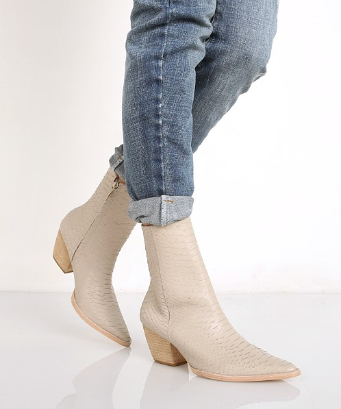 Matisse Caty Bootie Ivory Snake