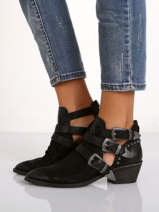 Dolce Vita Spur Boot Black