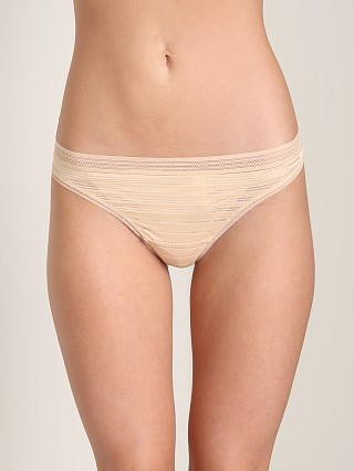 Huit Manhattan Thong Nude