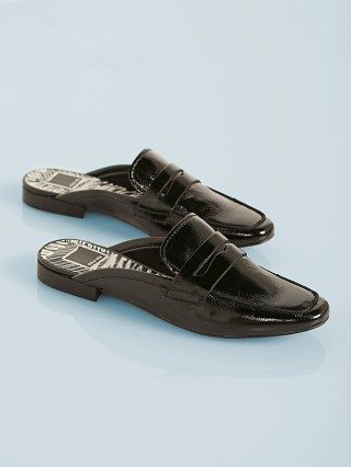 You may also like: Dolce Vita Cybil Slide Midnight Patent