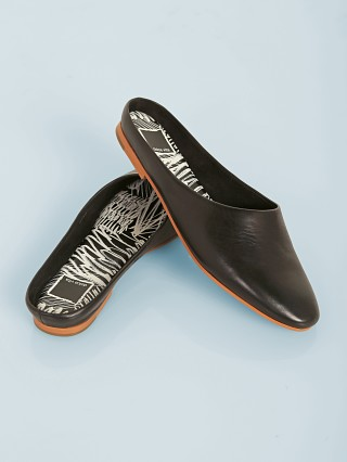 Dolce Vita Pali Leather Slide Black