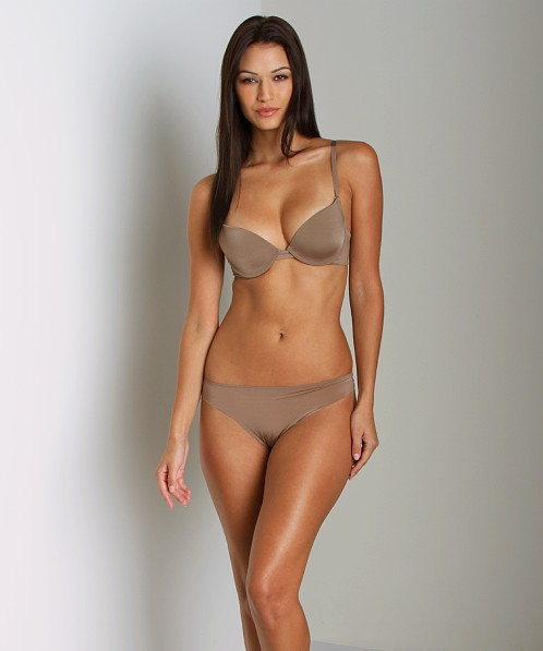Huit Faussement Nue Magic Air Ombre