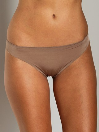 You may also like: Huit Faussement Nue String Thong Ombre