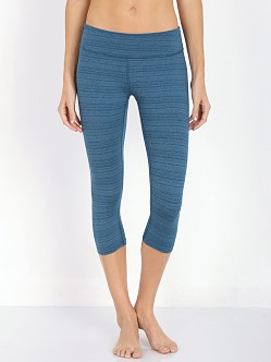 Beyond Yoga Stripe Capri Legging Heather Moraccan Blue