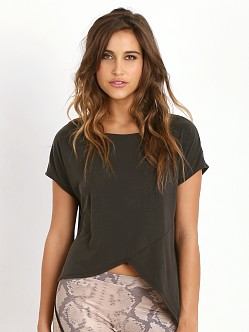 SOLOW Asymmetric Tee Black