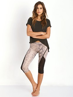 SOLOW Legging with Binding Snake Print