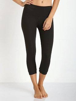 Strut This The Ashton Capri Black