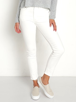 Model in cloud cover Levi's 501 Skinny Jeans