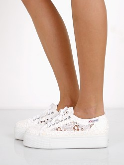 platform low top sneakers - White Superga