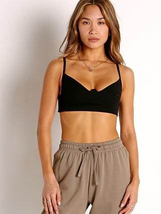 Model in black Joah Brown Structured Rib Tank
