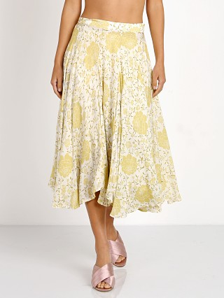 Complete the look: Novella Royale The Scarlet Skirt Gold Flamenco