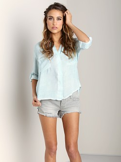 Bella Dahl Split Back Button Down Ocean Spray