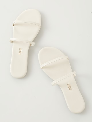 Tkees Gemma Sandal Coconut Cream