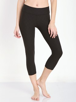 Beyond Yoga Quilted Cropped Legging Black