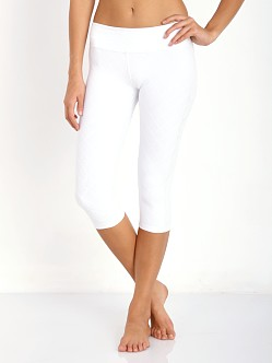 Beyond Yoga Quilted Cropped Legging White