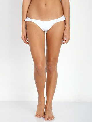 Model in white Tori Praver Cabazon Bottom