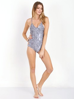 Acacia FLORENCE One Piece Snake
