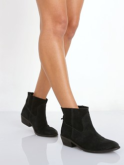 DV by Dolce Vita Cassidy Boot Black