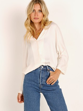 You may also like: Knot Sisters Audrey Top Cream