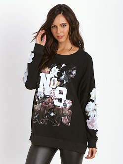 WILDFOX England Collage Roadtrip Sweater Jet Black