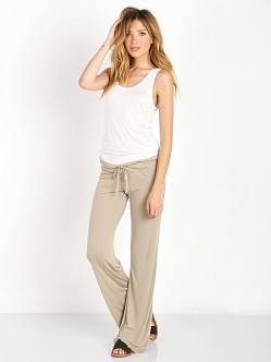 WILDFOX Beach Club Sweat Pants Warm Cement