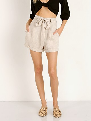 Model in cream linen Show Me Your Mumu Hadley Shorts