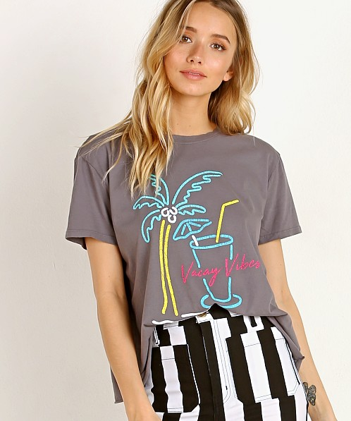 Show Me Your Mumu Marco Tee Vacay Vibes