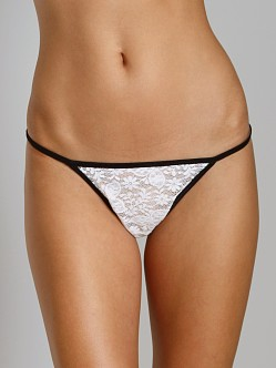 Only Hearts Sara Lace String Bikini Creme