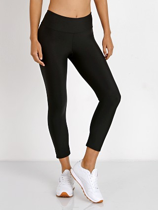 You may also like: Onzie Capri Legging Black