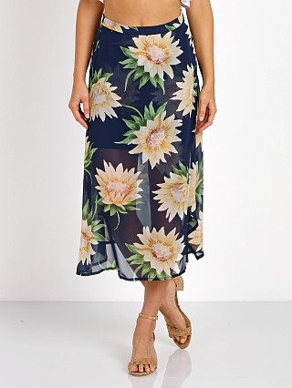 Model in sunflower dreams Show Me Your Mumu Flirt Skirt