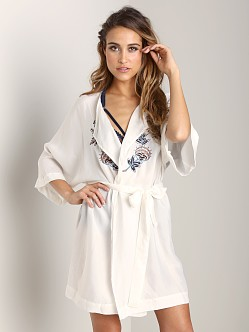 Lonely Embroidery Kimono Ivory
