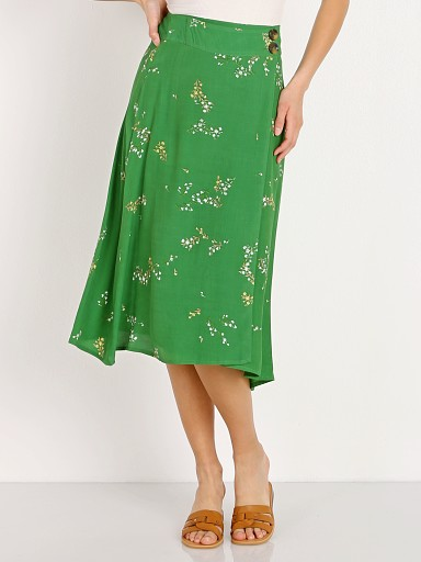 Model in myrtille floral print Faithfull the Brand Valois Midi Skirt