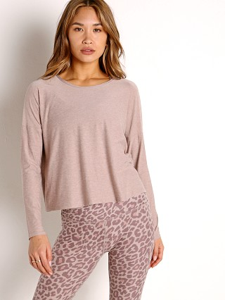 Model in chai Beyond Yoga Featherweight Spacedye Morning Light Pullover