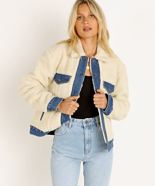 Levi's Ex BF Pieced Trucker Jacket Counting Sheep