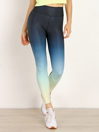 You may also like: Splits59 Kinney High Waist 7/8 Legging