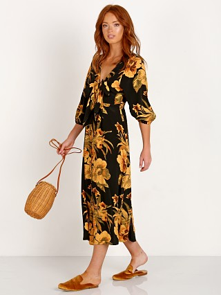 Complete the look: Faithfull the Brand Oliviera Midi Dress Caribbean Print