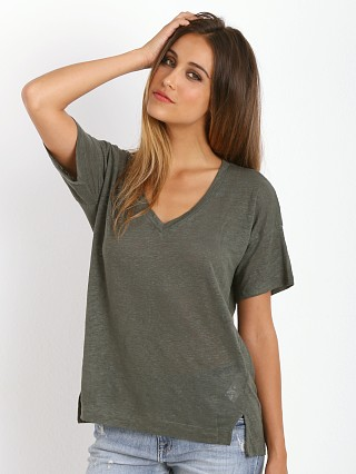 You may also like: Splendid Linen Jersey Tee Elm