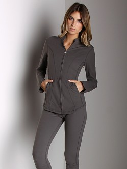 Beyond Yoga Curved Jacket Graphite