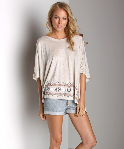 Dollimou Poncho Tee with Graphic Sand