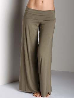 Fresh Laundry Wide Yoga Pant Putty LM1006 at Largo Drive ...