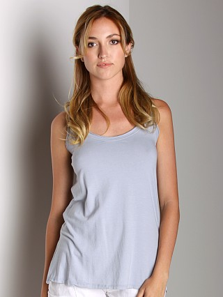 Fresh Laundry Tank Top with Twist Back Iceberg