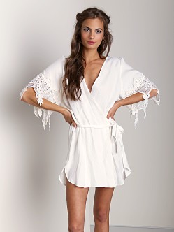 Stone Cold Fox Robe White