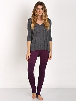 Beyond Yoga High Low Tee Heather Gray