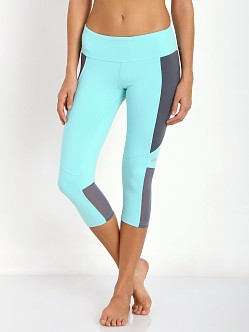 alo yoga Illusion Capri Pool Blue