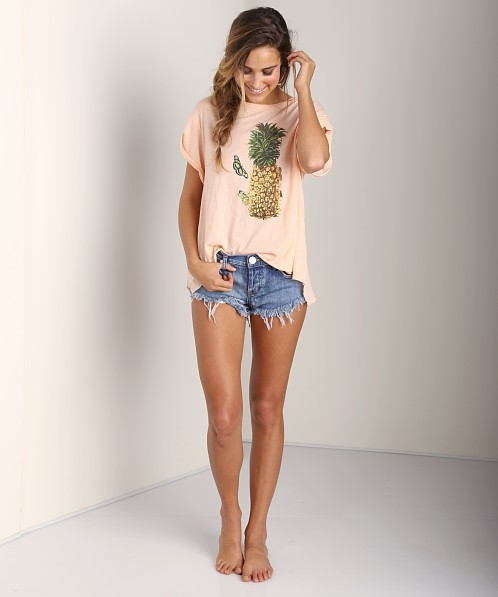 WILDFOX Pineapple Day Jagged Edge T Coral Shell