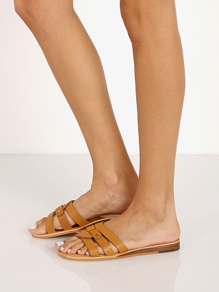 You may also like: Dolce Vita Cait Sandal Tan