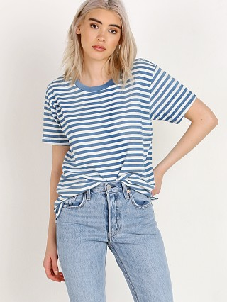 Complete the look: Levi's Boyfriend Tee Liza Faded Indigo