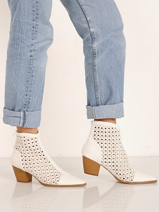 Matisse Caught Up Boot White