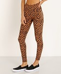 Varley Century Legging Clay Zebra, view 3