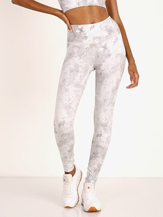 Complete the look: Varley Century Legging Cracked Stone